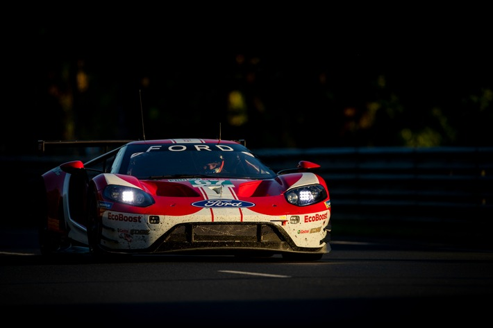 ford geht aus gte startreihe eins ins 24 stunden abenteuer von le mans - Ford geht aus GTE-Startreihe eins ins 24-Stunden-Abenteuer von Le Mans