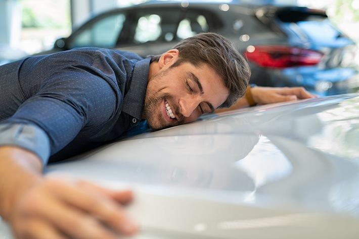 kopf schlaegt bauch so stehen die deutschen zu ihrem auto - Kopf schlägt Bauch – so stehen die Deutschen zu ihrem Auto