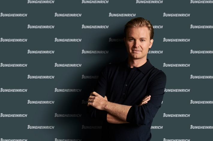 Gemeinsam ins Rennen für E-Mobilität und Nachhaltigkeit: Nico Rosberg wird Markenbotschafter für Jungheinrich